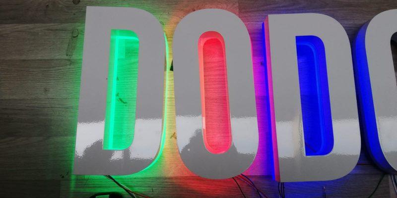 backlit channel letter signs makers